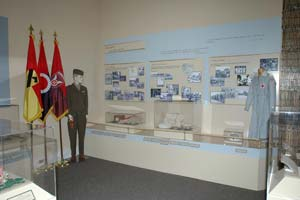 Article V New Special Exhibits Opens 2005