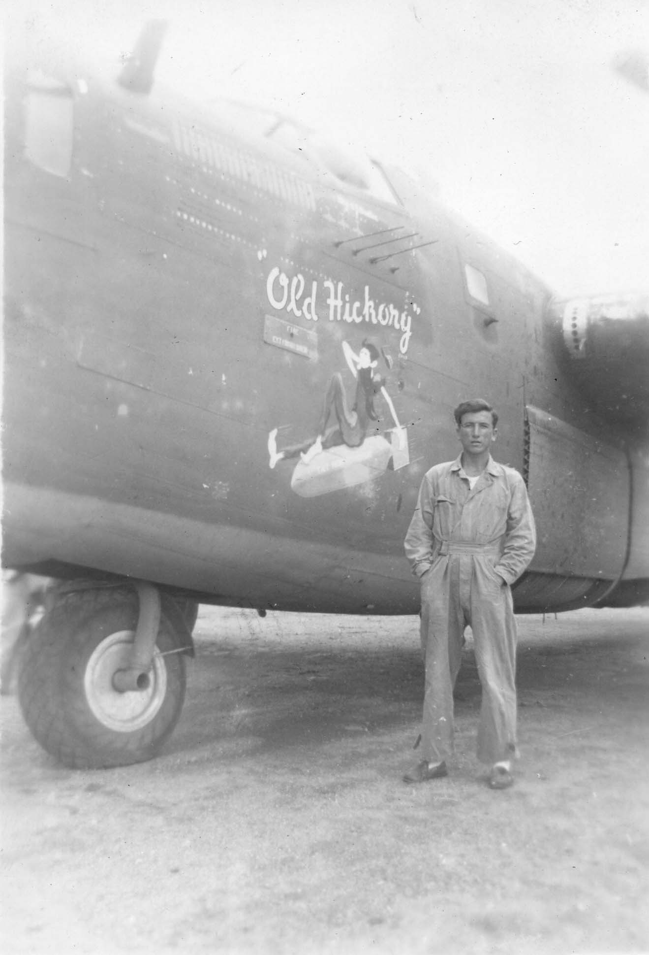 Old Hickory : B-24 : 380th Bomb Group : 530th Bomb Squadron : Serial #42-40827 : Sharpe 12 (Thomas Sharpe Collection)